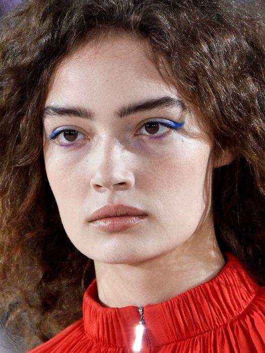 Makijaż Oczu Trendy Jesień Zima 2018 Kobietapl