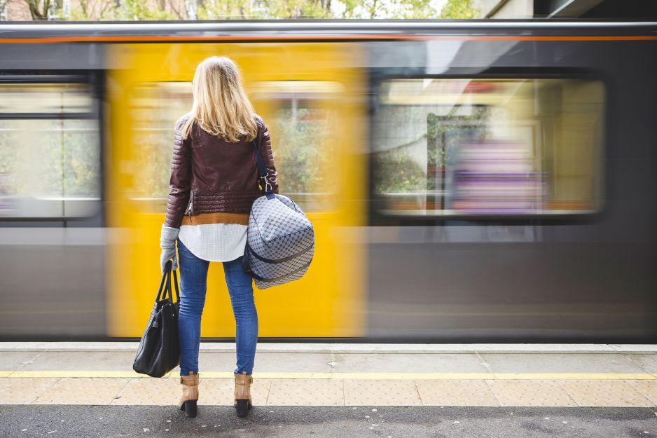 Kobiety będą płacić mniej za bilety komunikacji?