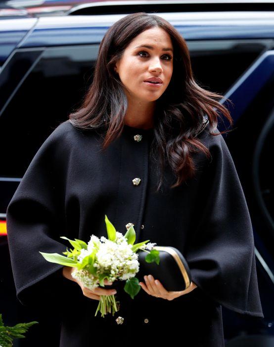 Meghan Markle wraz z księciem Harrym pojawiła się przed budynkiem Wysokiej Komisji Nowej Zelandii w Londynie by oddać hołd ofiarom zamachu terrorystycznego w Christchurch.
