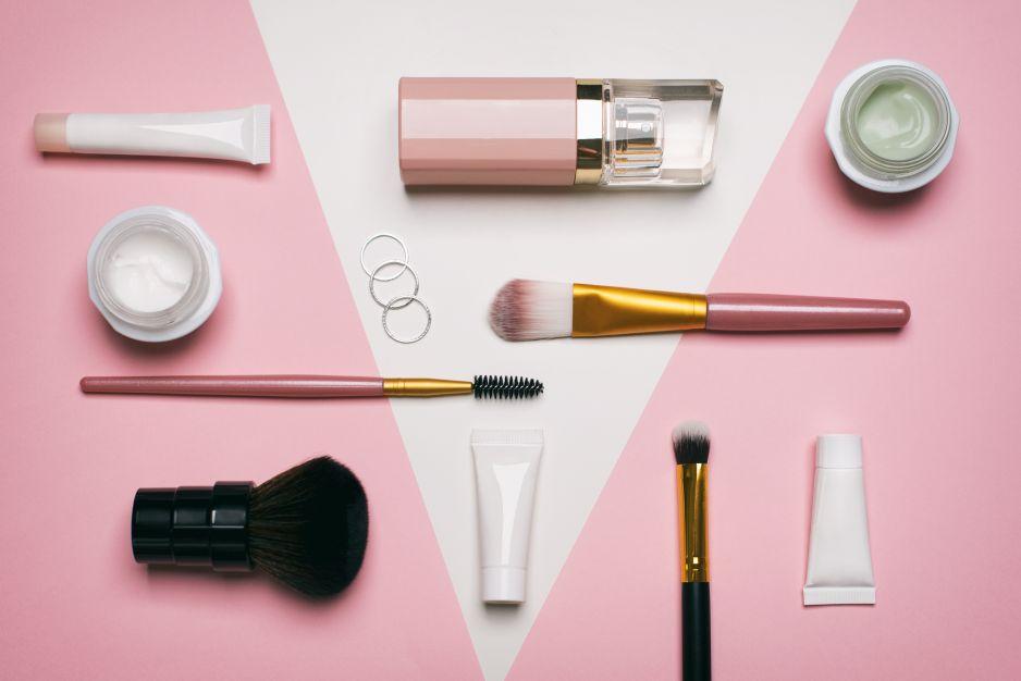 Rossmann promocja kwiecień 2019: 55% na kosmetyki kolorowe