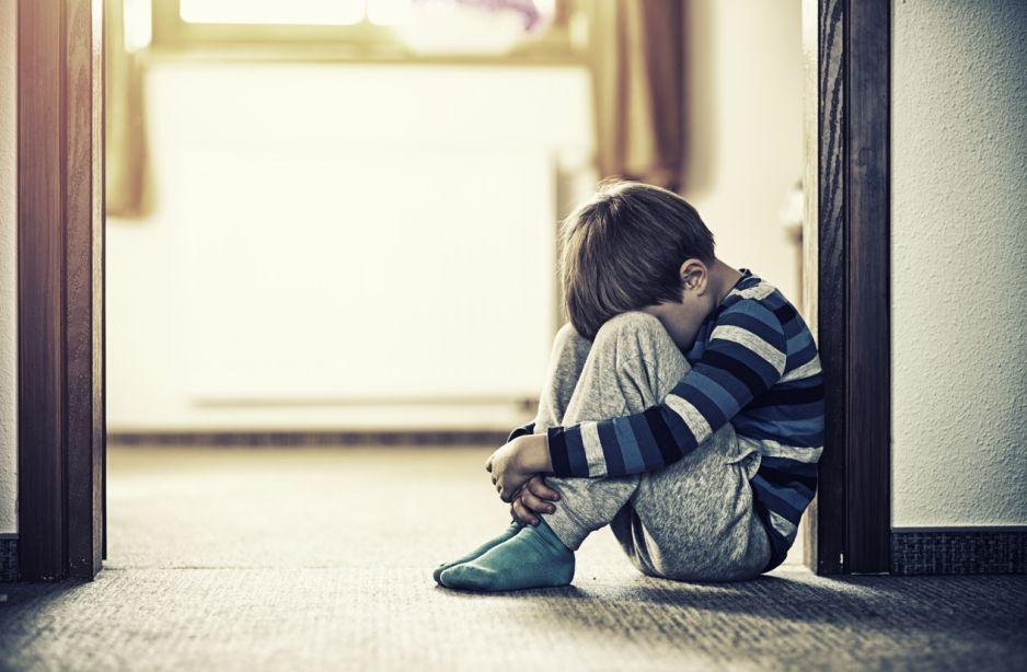 Telefon Zaufania dla dzieci i młodzieży nie dostał dotacji. Szymon Hołownia zorganizował akcję zbiórki pieniędzy