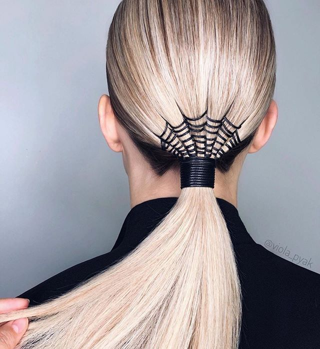 Fryzury na Halloween: spinki do włosów
