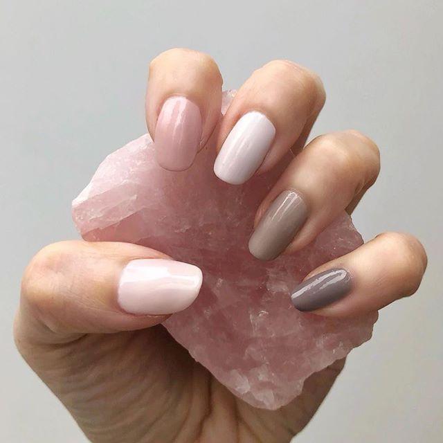Manicure hybrydowy: Czy lampa UV jest bezpieczna dla skóry