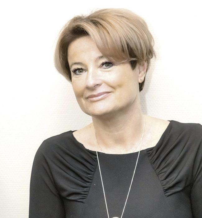 Profesor Irena Walecka