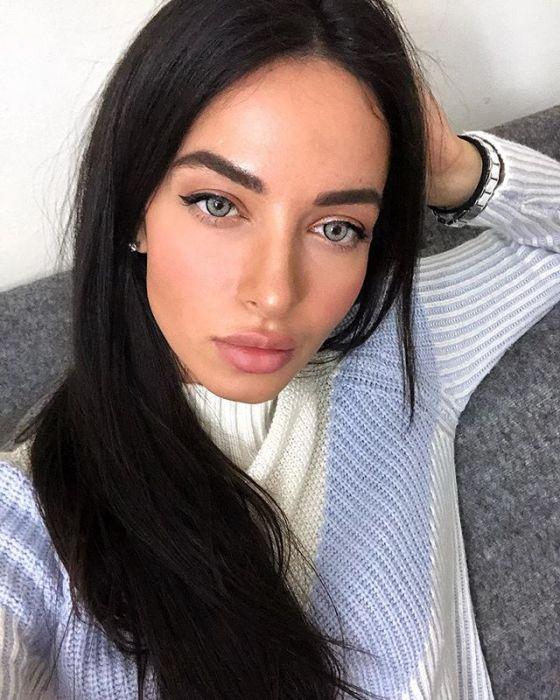 Makijaż dla brunetek w 5 minut