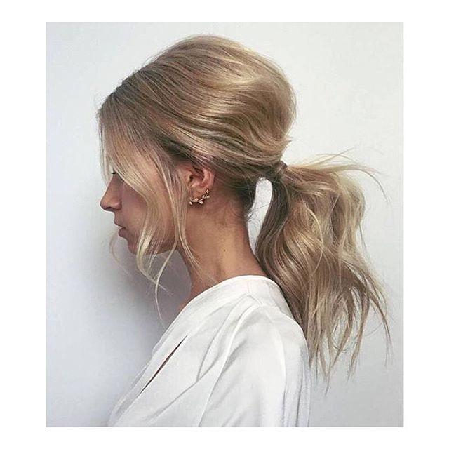 Proste upięcia włosów