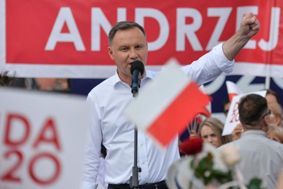 Andrzej Duda sondażowym zwycięzcą wyborów prezydenckich 2020