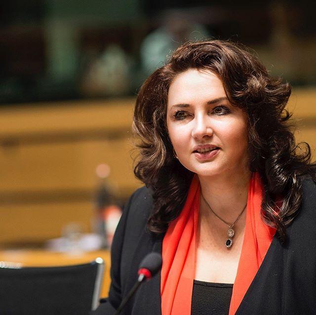Komisarz unijna, Helena Dalli