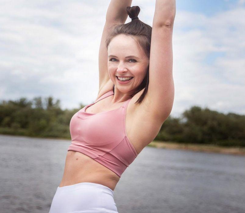 Ćwiczenia ramiona - Marta Gorąca