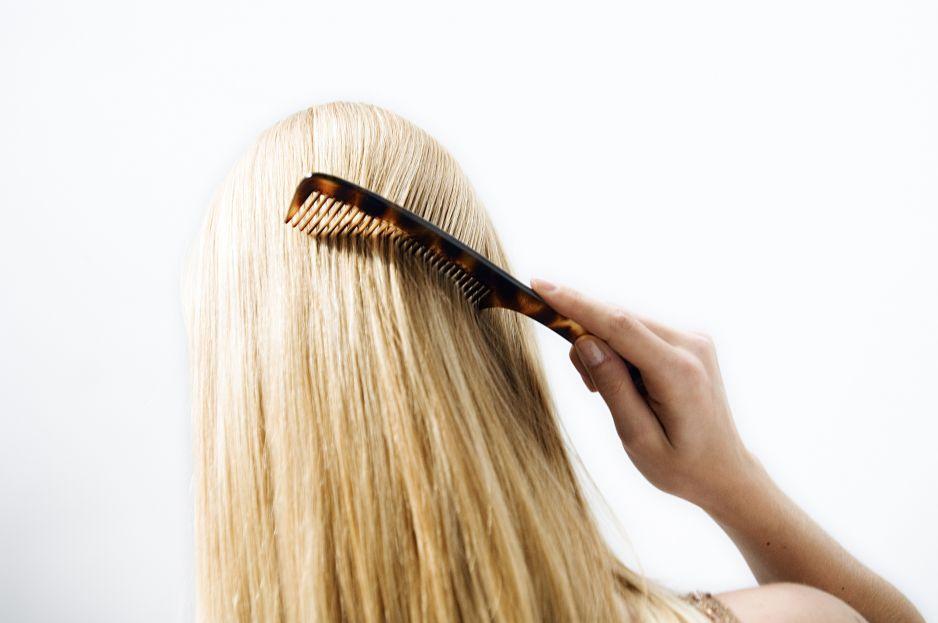 Ten szampon może podrażniać skórę głowy