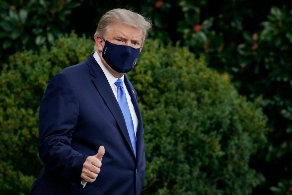 """Donald Trump z koronawirusem trafił do szpitala. """"Modę się o szybkie wyzdrowienie mojego taty i Melanii"""" - napisała Ivanka Trump"""