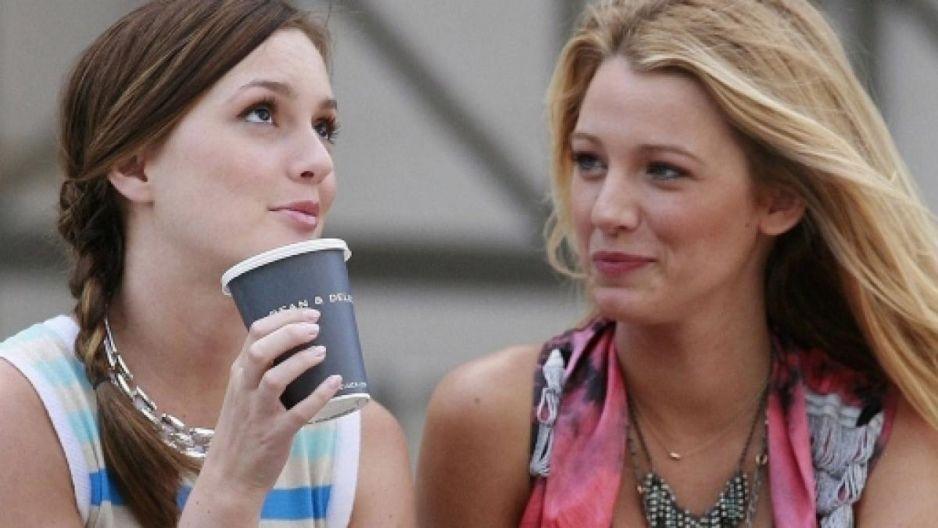 """Plotkara powraca. Premiera 7. sezonu """"Gossip Girl"""" już w 2021 roku!"""