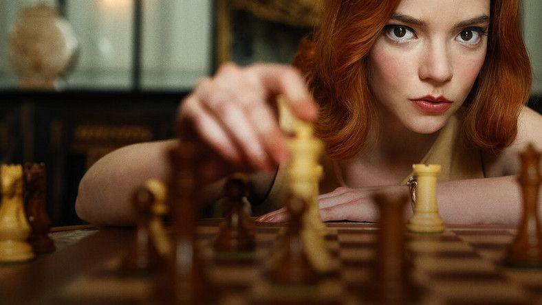 """Najpopularniejsze seriale w sieci: """"Gambit królowej"""""""