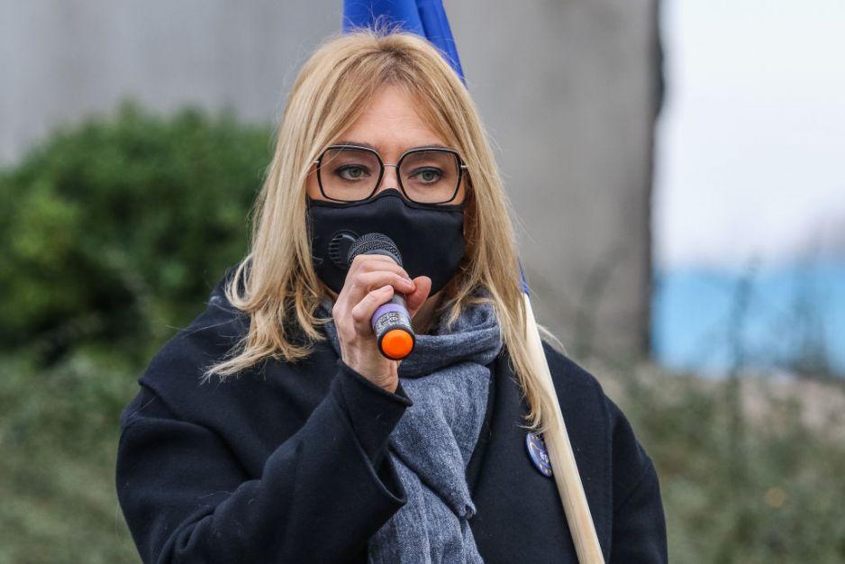 Magdalena Adamowicz wraca do tragicznej śmierci Pawła Adamowicza. Od śmierci męża nie rozstaje się z pamiątką po ukochanym