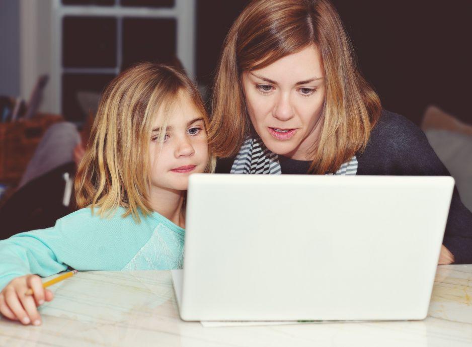 W tym kraju rodzice dzieci uczących się zdalnie nie muszą pracować a i tak dostaną wynagrodzenie. U nas by to nie przeszło!