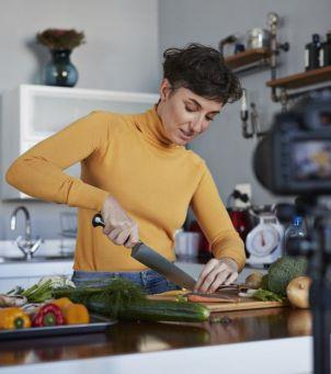 Prawdy i mity o diecie i suplementach w leczeniu onkologicznym