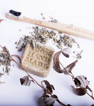 Jak zrobić szampon w kostce i komu go nie polecamy?
