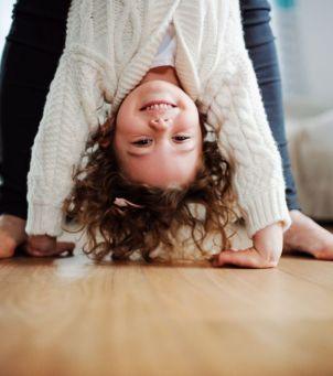 Ćwiczenia i zabawy relaksujące dla dzieci: to genialny sposób na wyciszenie dla całej rodziny