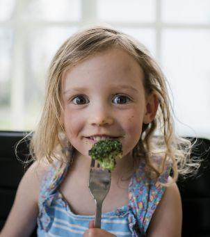 Dieta bogatoresztkowa jest dobra dla dzieci? Opinie o diecie bogatoresztkowej stosowanej na zaparcia