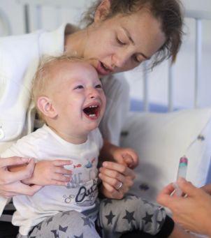 """""""Rodzice w szpitalach powinni być przy dzieciach"""" - poruszający apel lekarzy, którzy stanowczo mówią #StopSeparacji"""
