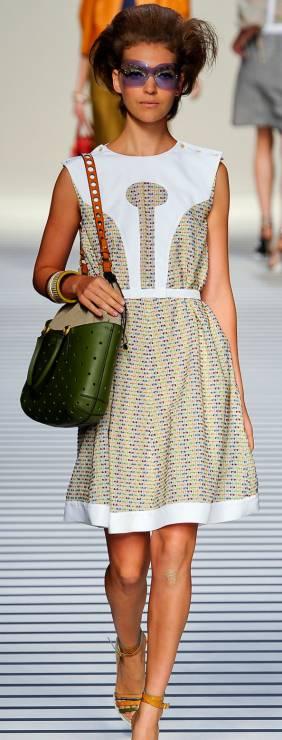 3. Zdjęcie  - Sukienka w stylu Audrey Hepburn