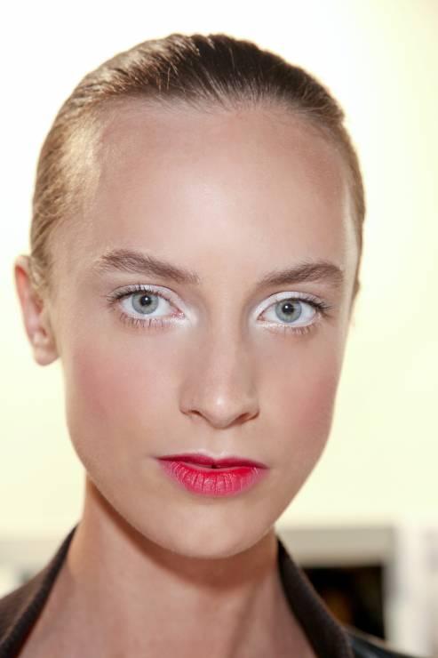 13. Zdjęcie  - Ślubne makijaże na sezon 2015