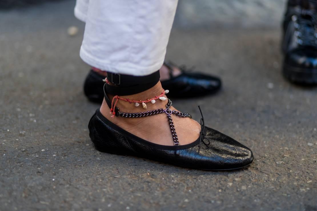 Baleriny na lato 2019 - To oficjalnie najmodniejsze buty na lato: trendy moda lato 2019