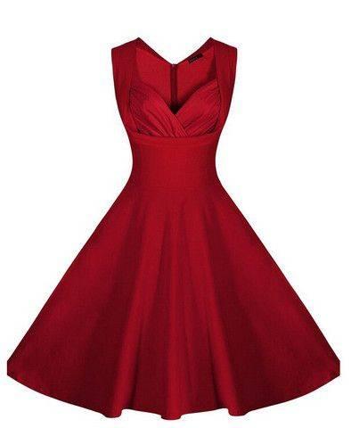 9. Zdjęcie  - Jak nosić czerwoną sukienkę?