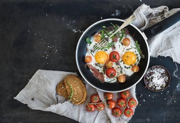 1. Zdjęcie  - 5 przepisów na śniadanie z jajkiem