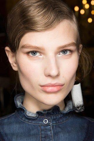 stella_mccartney - Trend wiosna 2017! Makijaż typu NO MAKE UP