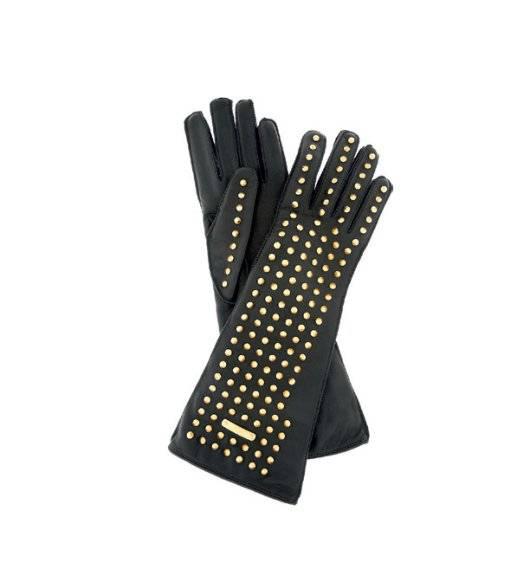 5. Zdjęcie  - Dodatki: kolie, rękawiczki, koturny