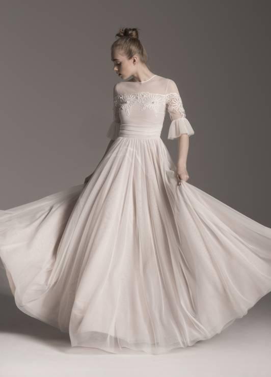 220cc01bc5 Suknia ślubna Calypso Lidia Kalita