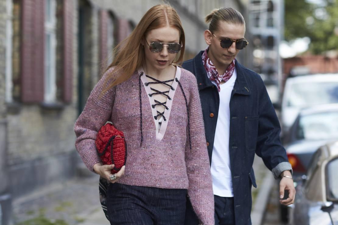Modne swetry na jesień 2017 - Piękne swetry na jesień 2017