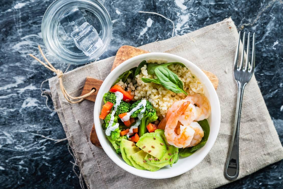 Dieta w Hashimoto: witaminy - Dieta w Hashimoto - co jeść, a czego unikać?
