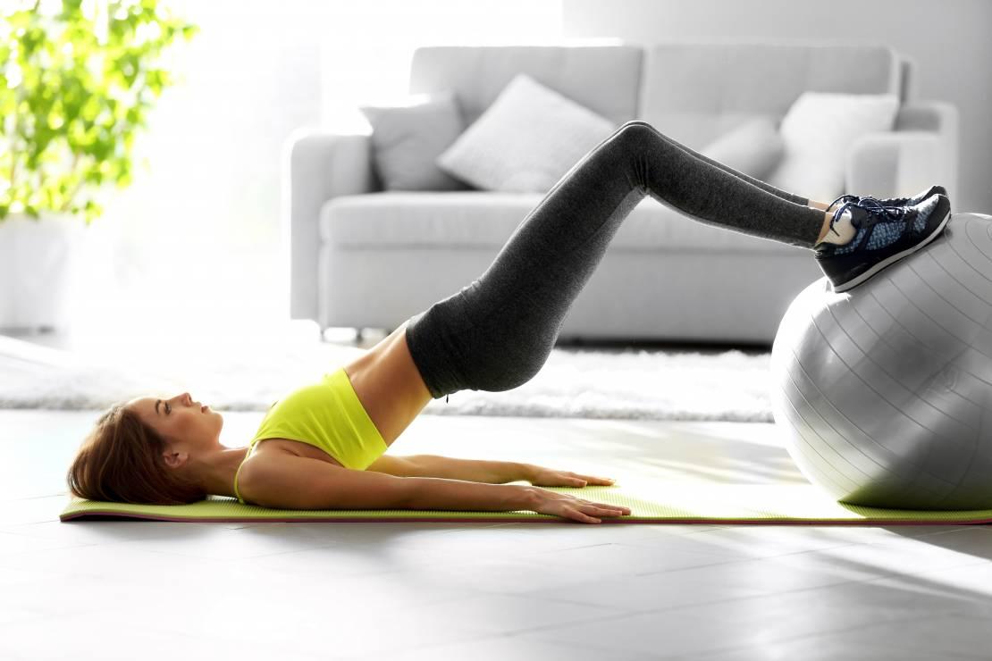 Sport w chorobach tarczycy: ćwiczenia z piłką - Sport a Hashimoto, nadczynność i niedoczynność tarczycy