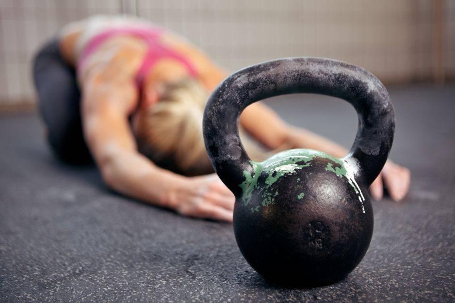 Sport w chorobach tarczycy: trening siłowy - Sport a Hashimoto, nadczynność i niedoczynność tarczycy