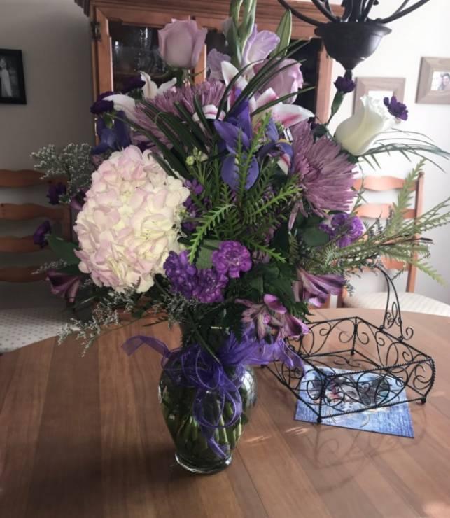 Kwiaty od taty - Co roku dostaje kwiaty od zmarłego ojca - jak to możliwe?