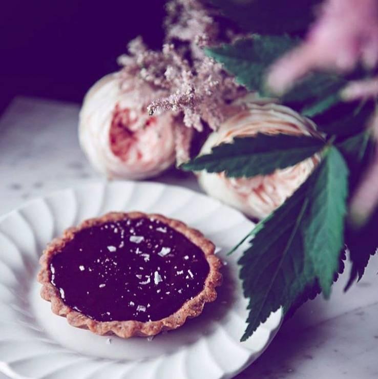 Słodycze łagodzące bóle menstruacyjne - Te słodycze łagodzą PMS. Cukiernia dowozi je pod drzwi!