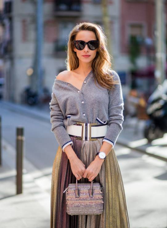 Kaszmirowy sweter - 10 trendów, które zawsze będą modne, a kupisz je na wyprzedaży