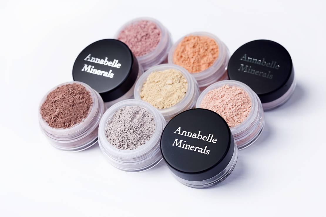 Glinkowe cienie do powiek, Annabelle Minerals - TOP 10: najmodniejsze cienie do powiek na jesień