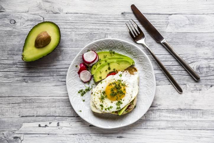 Dieta jajeczna. Czy można schudnąć jedząc głównie jajka? - porady sunela.eu