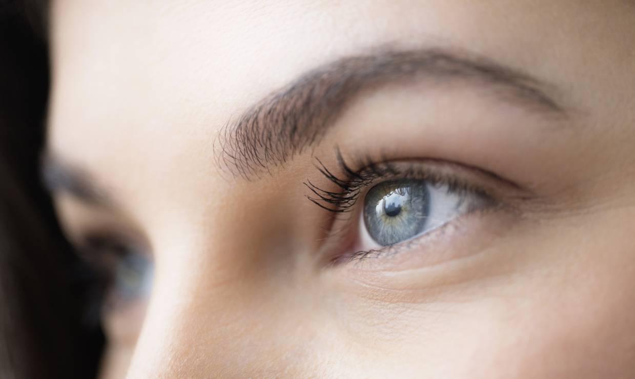 Zmiany na skórze spowodowane stresem - cienie pod oczami - Te zmiany na skórze zdradzają, że żyjesz pod zbyt dużą presją