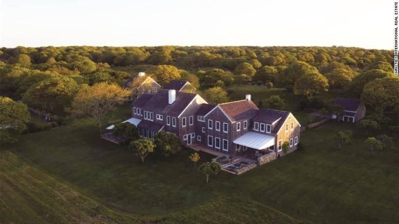 Dom Jackie Kennedy na sprzedaż - Dom Pierwszej Damy USA Jackie Kennedy na sprzedaż: jak wygląda?