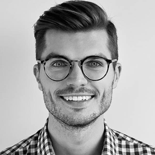"""Filip Turowski, prowadzący blog """"Głodny Świata"""" - Najpopularniejsi blogerzy podróżniczy na Instagramie: ich konta warto znać"""