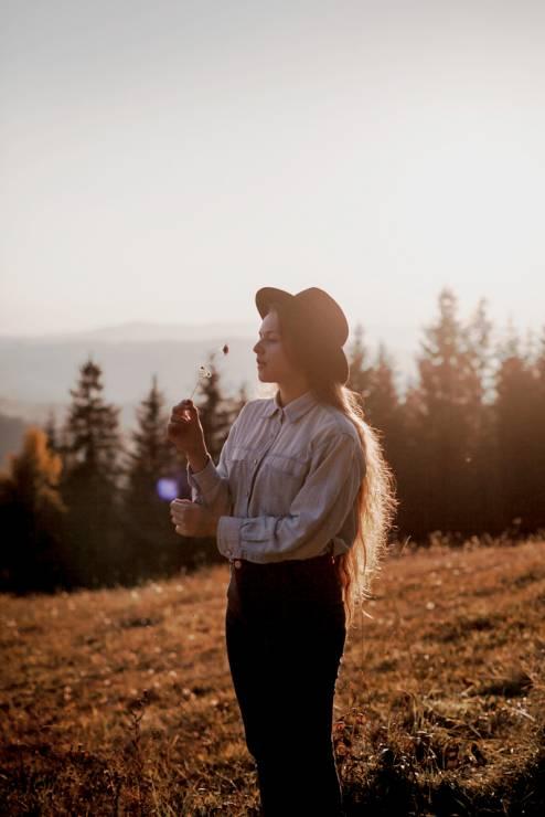 """Patrycja Pająk prowadzi bloga """"Powroty do"""" - Najpopularniejsi blogerzy podróżniczy na Instagramie: ich konta warto znać"""