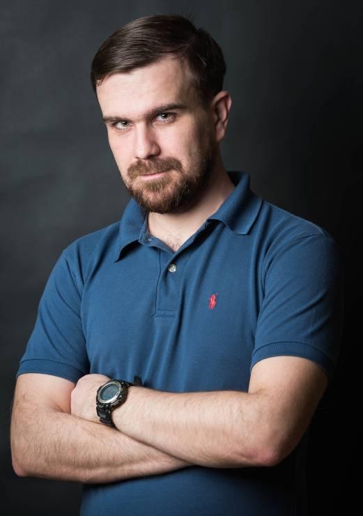 """Paweł Szpala, prowadzi bloga """"Człowiek Przygoda"""" - Najpopularniejsi blogerzy podróżniczy na Instagramie: ich konta warto znać"""