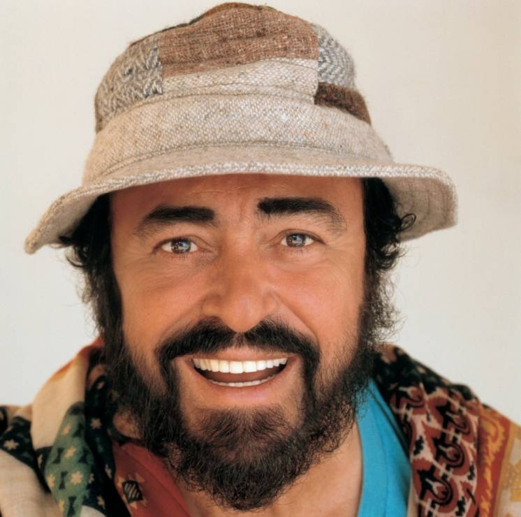 """Luciano Pavarotti - Film """"Pavarotti"""" - niezwykle poruszająca historia o tenorze wszech czasów"""