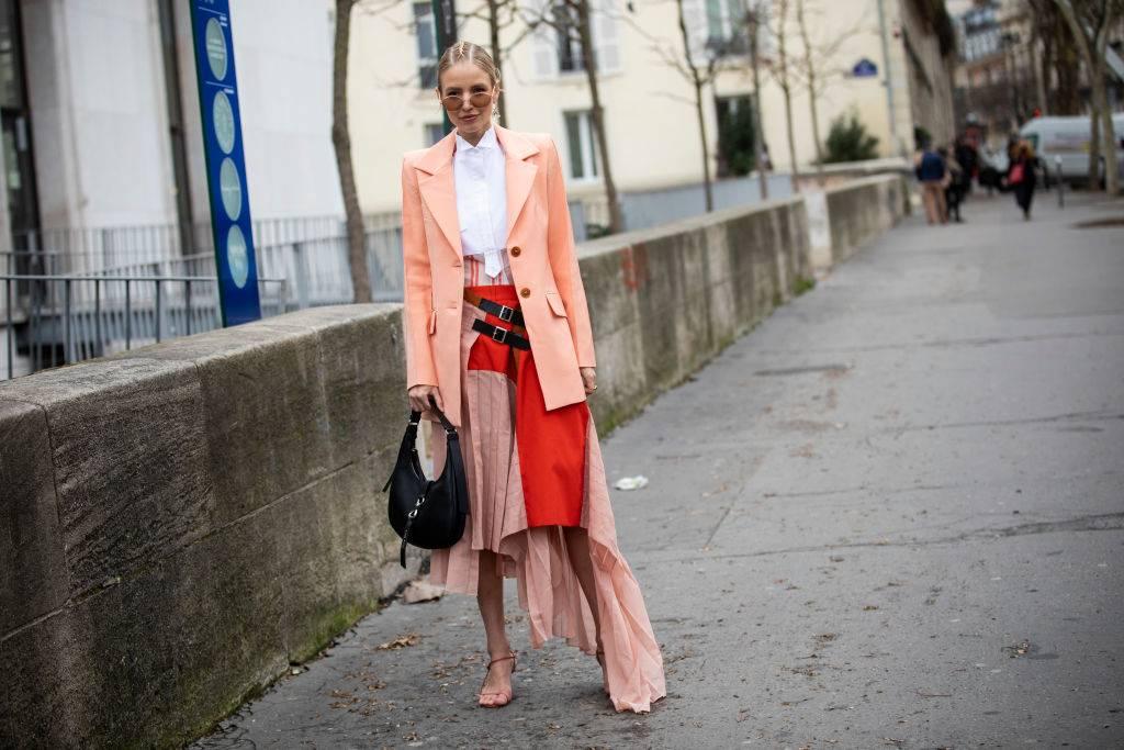 Trendy jesień 2019: peach pink - Trendy moda jesień 2019: mocne kolory w nadchodzącym sezonie