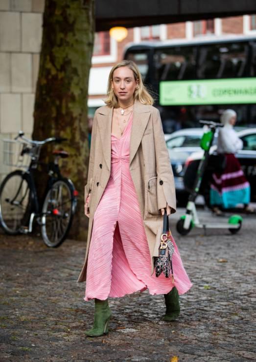 Sukienki na jesień 2019 trendy moda jesień 2019 - Trendy moda jesień 2019: jak stylizować sukienki na jesień?