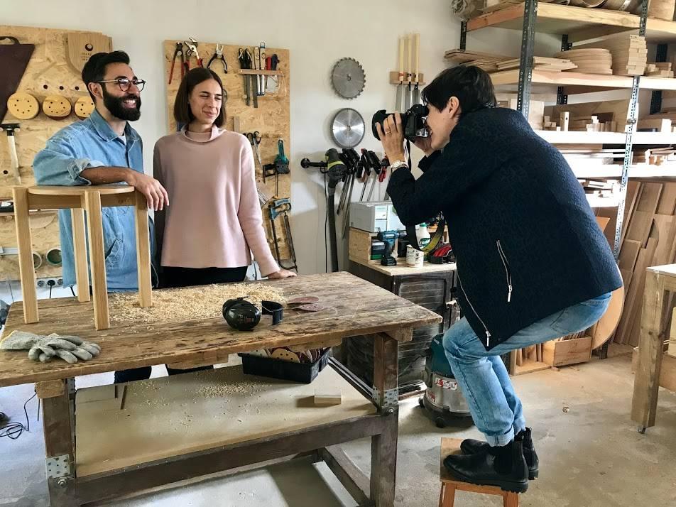 Anne-Sophie fotografka przy pracy - Si beau, czyli jak trzy Francuzki na emigracji pokochały polski dizajn [WYWIAD]
